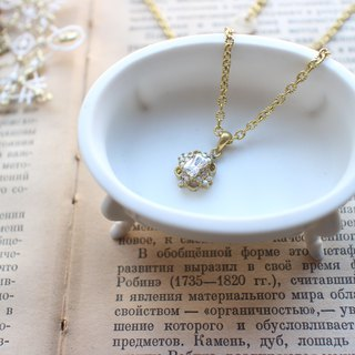 The secret-zircon brass necklace