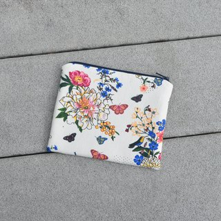 My Garden Small Zippered Bag/cosmetic bag/storage pouch/earphone holder