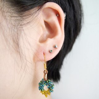 BUE002_ simple emerald green with lemon yellow beads Doughnut Earrings