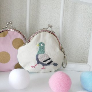 Embroidery mini gouge duck pigeon white X with mint gold tassel