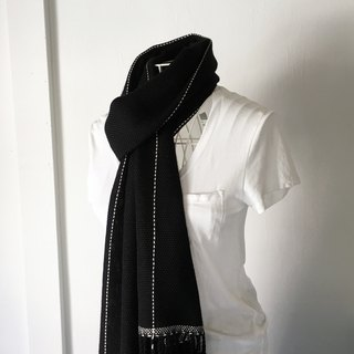 Black and White lines scarf for unisex