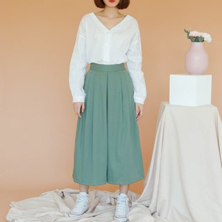 Wide Leg Pant Skirt in Green