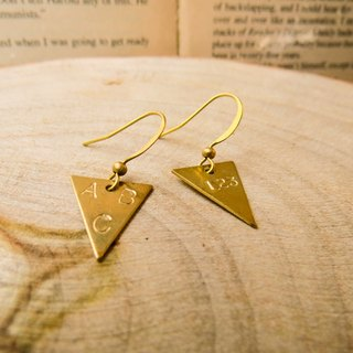 brass tag custom earrings (Triangle, 1 to 3 words)