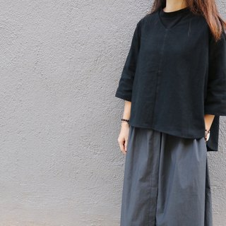 Homemade / v-neck blouse - black