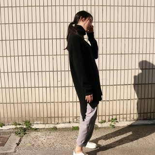 100% Kashenmier wool long sweater (other colors can be customized)