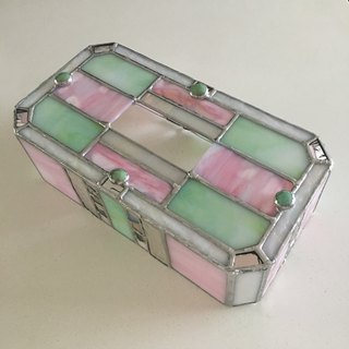 Tissue Box Case Muscat Green Pink Glass Bay View