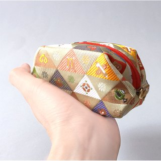 "Pouch with Japanese traditional pattern, Kimono (Small) ""Brocade"""