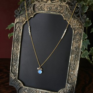 Handmade jewelry Venus under the moonlight