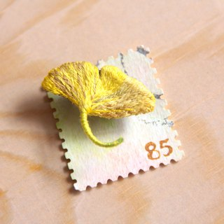 Stamp Series Ginkgo Leaf Embroidery Plant Brooch