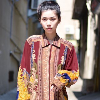 Palace around the door | Baroque long-sleeved vintage shirt