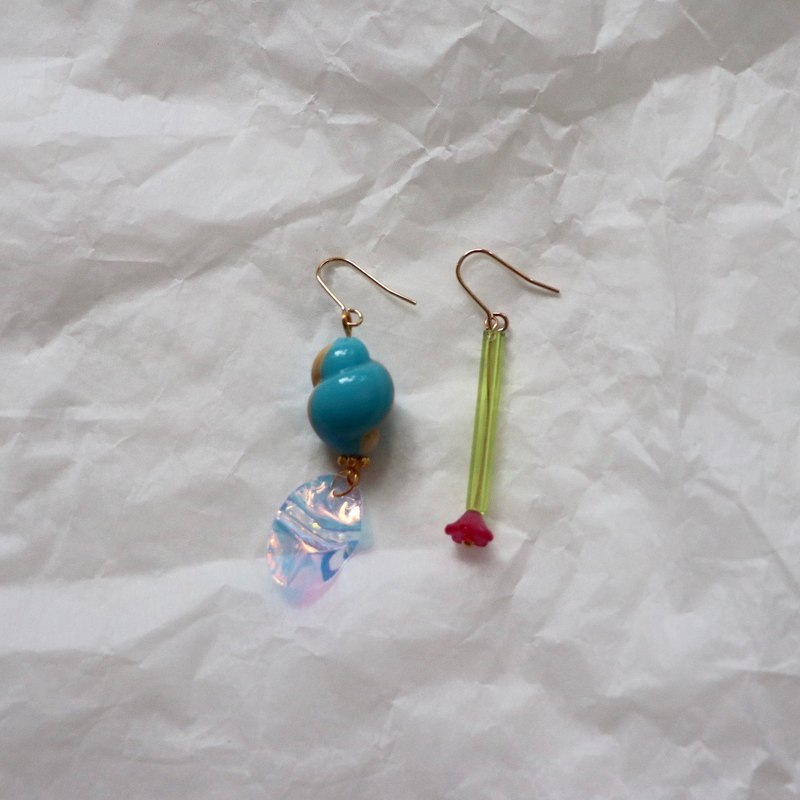 Blue and Green Irregular Beads Earrings