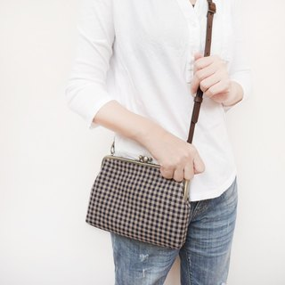 Large grid shoulder bag shoulder bag / phone bag / mouth gold package [Made in Taiwan]