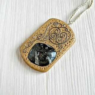 Wooden inlaid pendant with phlogopite