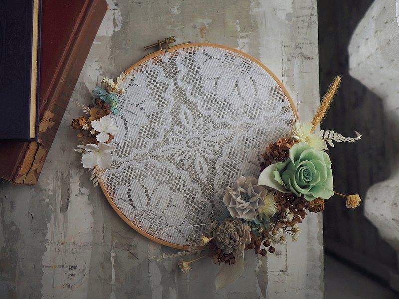 奶奶蕾絲花圈 - 永生花 乾燥花 母親節禮物 開幕花禮 居家裝飾