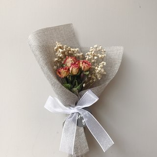{BUSYBEE} Korean Dry Rose Bouquet