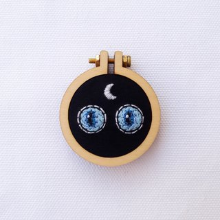 Witch Cat Hand Embroidery Pin Necklace Earrings