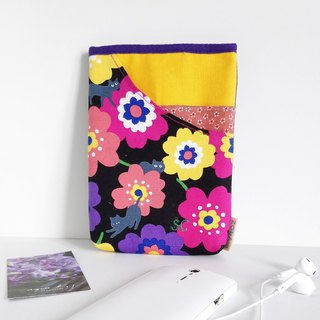 Hip Bag (Colorful Flowers with Black Cats)