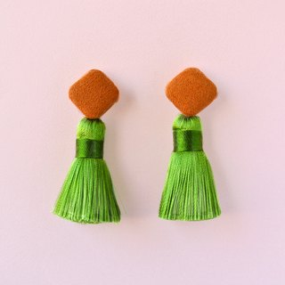Brown suede square button / green tassel earrings (ear clip)