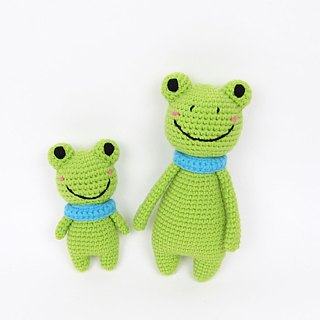 Frog Frog Doll Rattle / Frog / Moon Gift Box