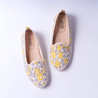 Lov Day | Yellow Flower Wind Suzuki Floral Shoes. Natural 3-D Ripple. Leather Insole