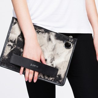 **Block Series - [Smoky Black Smoky Black] :: DART ME leather canvas clutch**