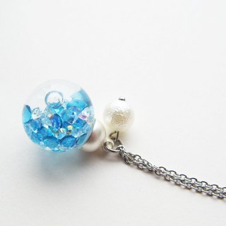 *Rosy Garden*Blue crystal water inside glass ball necklace (1.6cm diameter)