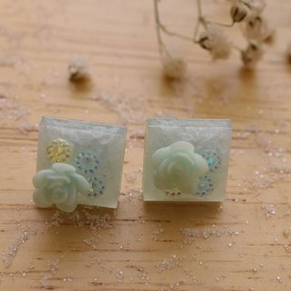 NEW!! Cute & Beauty Blue Square with Rose Stud Resin Earrings