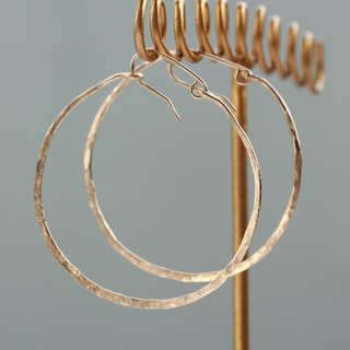 14 kgf-texture design hoop pierced earrings