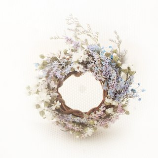 French psychedelic mini wreath · French white plum and purple snowflake dry flower classic flower ceremony