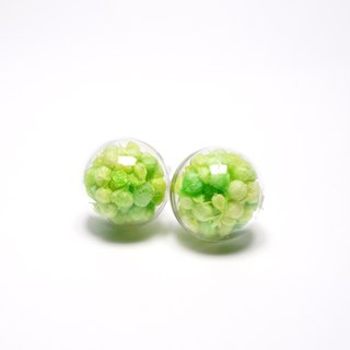 A Handmade Xia grass green with yellow glass ball earrings mini stars