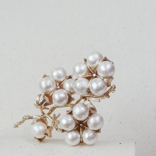 Cotton pearl pearl cotton brooch / sinker gold cotton pearl brooch pre-order
