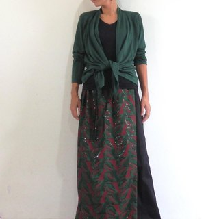 Total Embroidery 2 Color / Lap Skirt with Loose Straight Pants