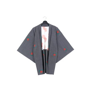 Back to Green :: Japan to bring back kimono feather weave version of small red flowers / both men and women can wear / / vintage kimono (KC-59)