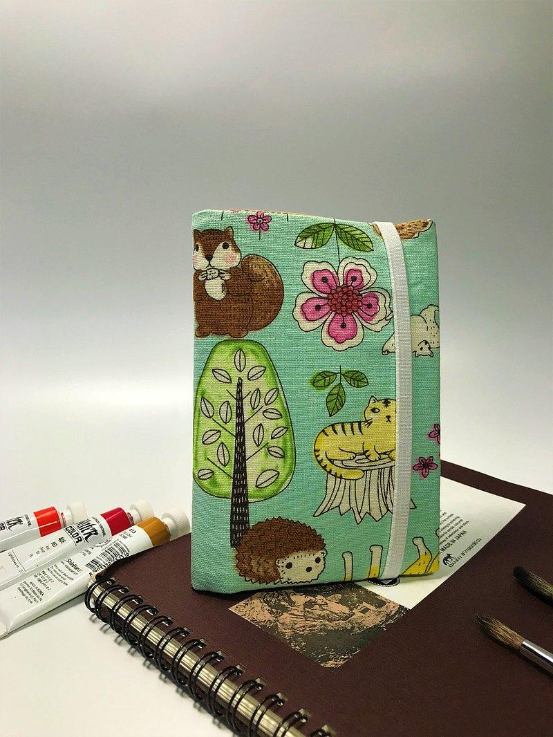 Fantasy【動物森林棉麻布】護照套/夾