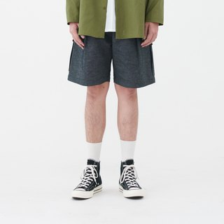 shorts with back pockets