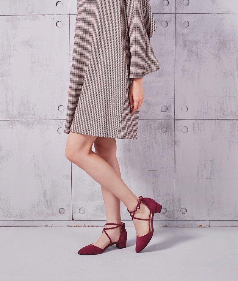 【輕熟女足印】真皮繞踝繫帶粗跟涼鞋_傲慢紅