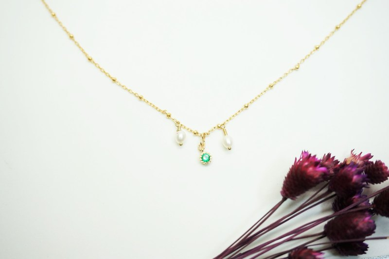 Green Zircon Pearl United States 14KGF Gold Clavicle Necklace
