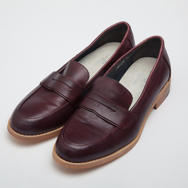 Wine red women's shoes