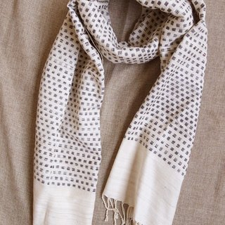 【Grooving the beats】Wild Silk Hand Woven Stole / Shawl / Scarf / Wrap (Tube_Grey)
