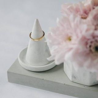 Concrete Ring Holder
