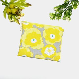 Light yellow flowers Small Zippered Bag /cosmetic bag/storage pouch/earphone bag