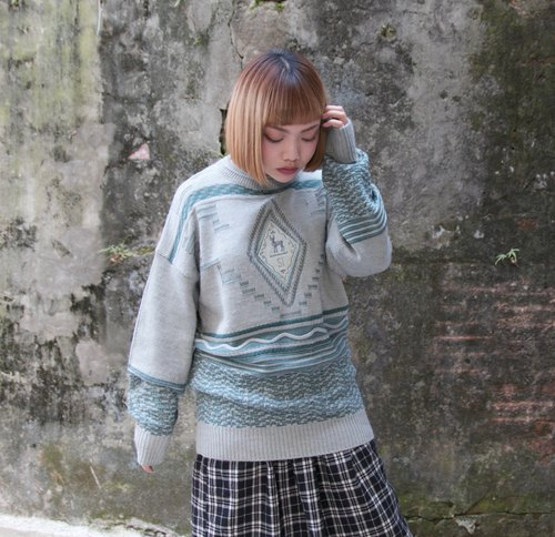 Back to Green:: 薄荷麋鹿 vintage sweater (ST-30)