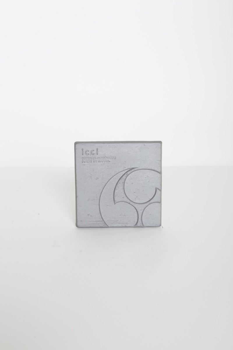 ICCI KAWARA 日式瓦製杯墊「左三巴紋」