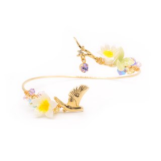 Sunshower Plumeria Branch Bangle