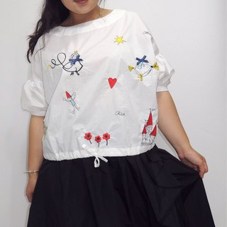 - Chicks Dock Marshmallow Girl - Fairy Tale Style Embroidered Top (Please ask if you have any items before ordering)