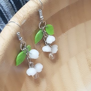 Swaying bells earrings / ear hook / ear clip
