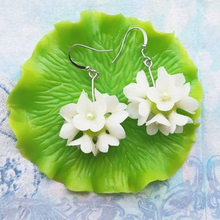 Romantic flat white flower ball ear hook earrings