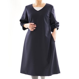 Flannel wool V-neck dress with fluffy sleeve · cupra lined / navy blue / a 77-3