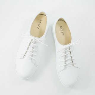 PLAYER player series / Reesa / fog white _ men and women