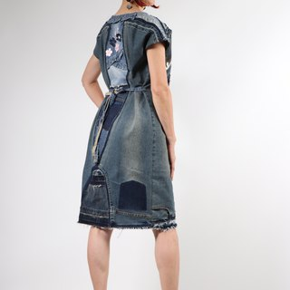Upcycling denim laced-up dress